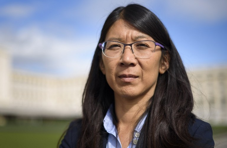 Doctors Without Borders, also known by its French name Medecins Sans Frontieres (MSF) International President Joanne Liu poses after a press conference in Geneva on October 7, 2015, on the bombing by US forces of a hospital of the medical charity in Kunduz, Afghanistan, which killed 22 people. The MSF charity demanded on October 7 the opening of an international fact-finding investigation into a deadly US air strike on a hospital it was running in the Afghan city of Kunduz. AFP PHOTO / FABRICE COFFRINI / AFP PHOTO / FABRICE COFFRINI